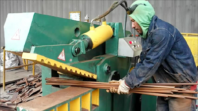 Hydraulic scrap metal cutting steel shear machine