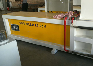 Wood shavings Baler machine