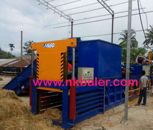 The replacement of yellow storage straw baler is changing with the market