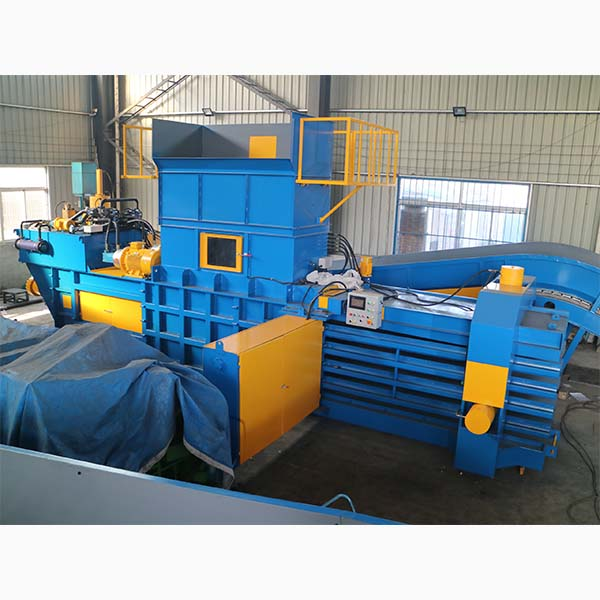 The oil of the waste paper baler